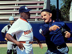 Odo ejecting sisco