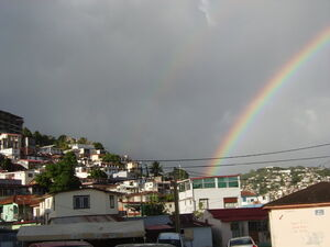 800px-Fort de France Rainbow