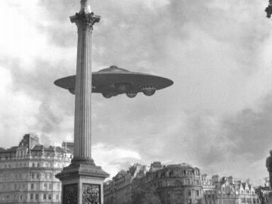 http://images2.wikia.nocookie.net/__cb20061224192012/scifi/images/0/01/Flying_Saucer.jpg