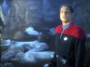Chakotay in Vhnori grave