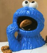 CookieMonsterCookieJarVandorCeramic