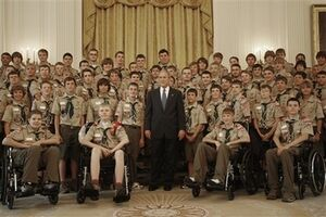 GWBushBoysScouts07-31-2008