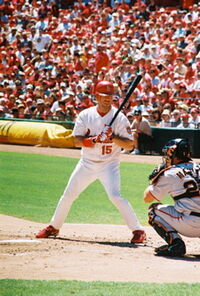 200px-Jim_Edmonds_at_the_plate.jpg