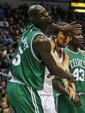Теги: НБА Бостон Селтикс Милуоки Бакс Кевин Гарнетт Эндрю Богут драки.