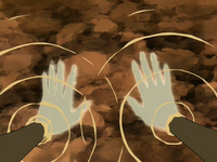 Katara heals her hands