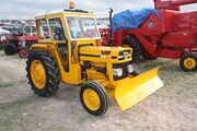 Massey Ferguon MF20 industrial tractor with snowplow at GDSF 08 - IMG 1080