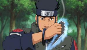 [Nara Shikamaru] Ficha-Yori 1.0 300px-Asuma_With_His_Chakra_Blades
