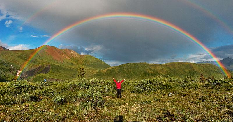 http://images2.wikia.nocookie.net/__cb20090526171441/science/ru/images/5/5c/Double-alaskan-rainbow.jpg