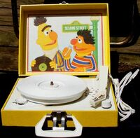 PlaytimeBertErnieRecordPlayer