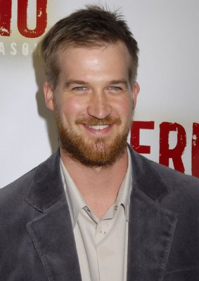 Kenneth Mitchell - Ultimate Ghost Whisperer Wiki