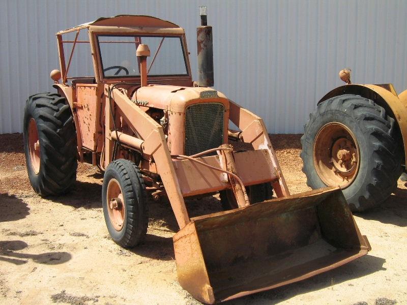 tractors.wikia.com