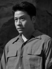 Harry Kim als Buster Kincaid