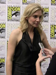 450px-Elizabeth Mitchell