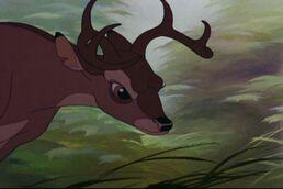 Personaje Ronno. 258px-Bambi_353