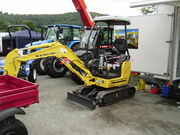 New Holland mini excavator - P8070435