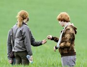 Ron gives locket to Harry