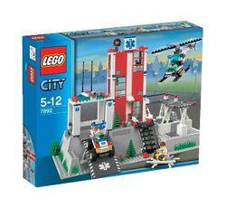 """Конструктор  """"Больница """", серия Lego City 7892."""