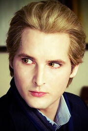 Carlisle Cullen in New Moon by wow a deer