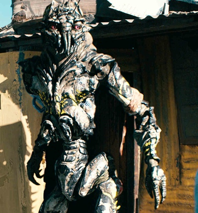 http://images2.wikia.nocookie.net/__cb20100625040359/deadspace/images/e/e9/Prawn-district9.jpg