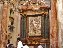 One of several side altars in The Church of Sant'Andrea della Valle (1)