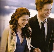 Bella edward prom