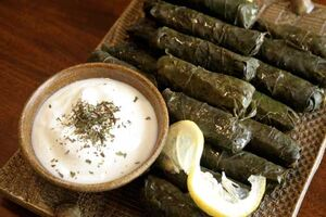 Grape leaf rolls