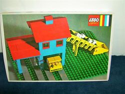 351-Loader Hopper with Truck