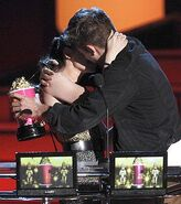 Winner 4 Best Kiss