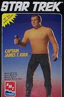 AMT Model kit 8773 Captain James T. Kirk 1994