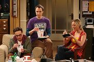 The-big-bang-theory-Eating at the Table