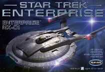 Polar Lights Model kit POL807 Enterprise NX-01 first issue 2008
