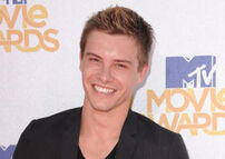 Xavier Samuel 2