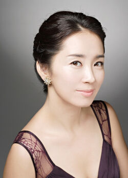 Yoon Yoo Sun1