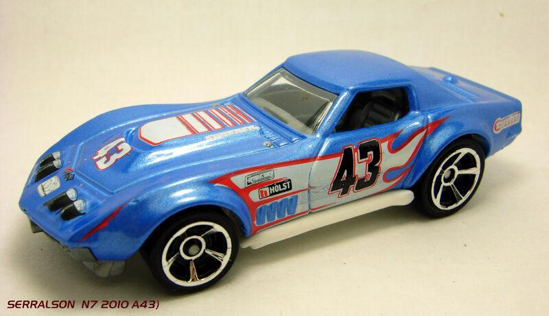 Hot Wheels 2011 800px-%2769_COPO_CORVETTE_A