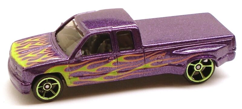 Hot Wheels 2011 800px-CustomC3500_Heat_Purple