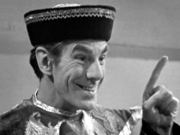 Les chroniques du Docteur- Ze return back (Doctor Who inside) - Page 3 ToymakerPointsAndGrins