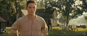 Pattinson-Water-Elephants