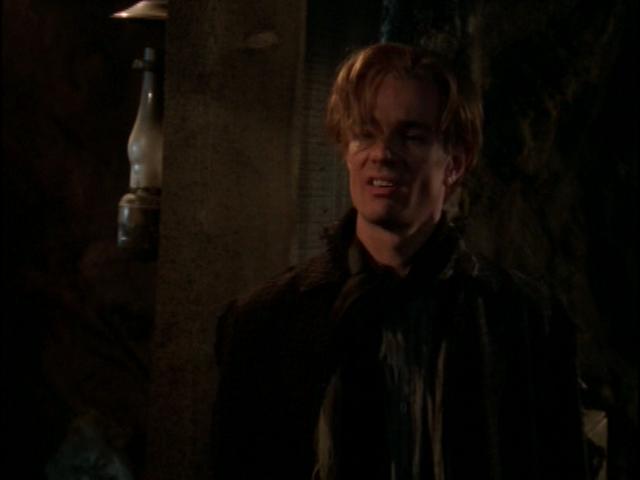 Spike alias William Le Sanguinaire de Buffy contre les vampires et Angel Spike_in_1888