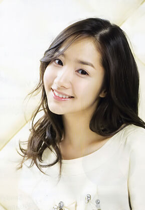 Park Min Young9.jpg