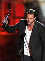 Alexander-skarsgard-2010-spike-scream-awards-10172010-09-430x583