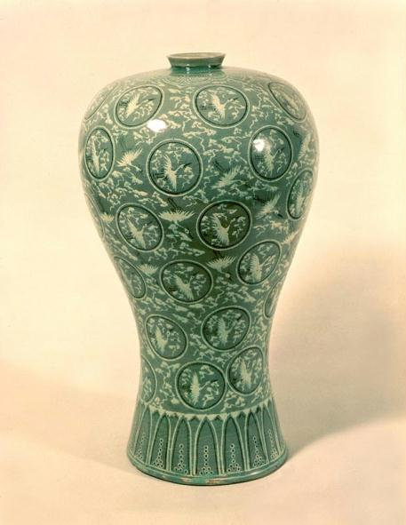 http://images2.wikia.nocookie.net/__cb20110205204516/ceramica/images/d/d7/Goryeo_Celadon_.jpg