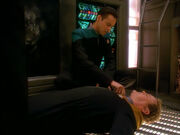 Bashir helps O&#39;Brien in Ops - Visionary