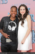 Leon-thomas-and-elizabeth-gillies-last-0jjA9y