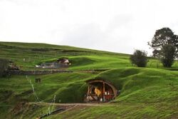 The-Hobbit-Set-3-450x300