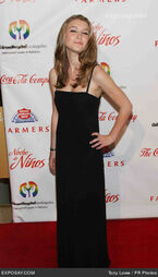 Nathalia-ramos-2009-noche-de-ninos-gala-1g8QF6