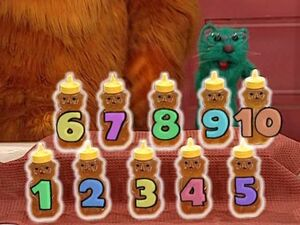 Bear in the Big Blue House - Ten Honey Jars