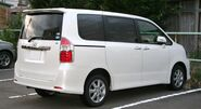 2nd generation Toyota Noah S rear