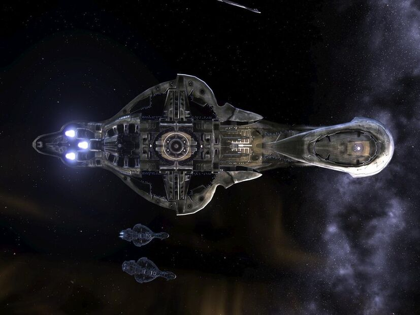 """Light of Honor' Specifications and Modifications 827px-Underneath_An_Assault_Carrier_by_MentalMajinPunk8"