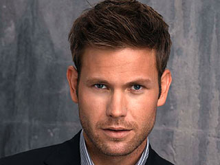 Matt davis 320 - Pic Riddle 2165 ... (Solved By ๓เรђคคl )