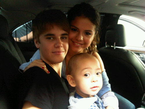 when did justin bieber and selena gomez break up. and selena gomez break up